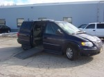 used 2006 CHRYSLER TOWN & COUNTRY