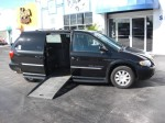 used 2006 Chrysler Town & Country Touring